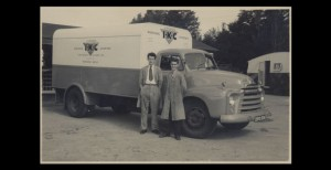 Bedford D owned by IKC of Worthing at Bognor Regis 1958