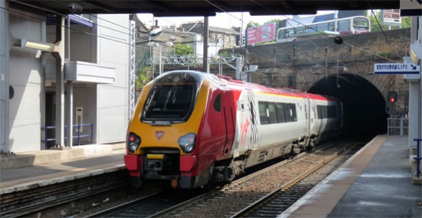 Class 220 Virgin Voyager passing through Edinburgh Haymarket station © Vincent Tweed